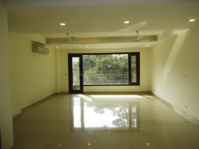 Unfurnished-Apartment-South-Extension-2-New-Delhi-26152