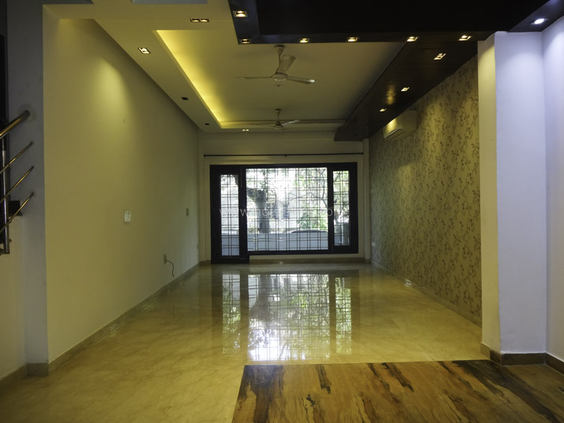 Unfurnished-Apartment-New-Friends-Colony-New-Delhi-26213