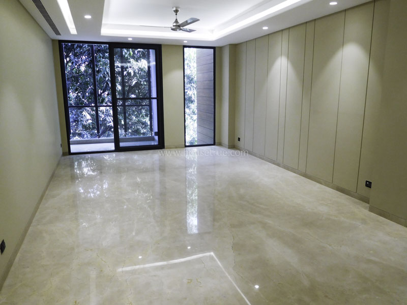 Unfurnished-Apartment-Greater-Kailash-Part-2-New-Delhi-26581