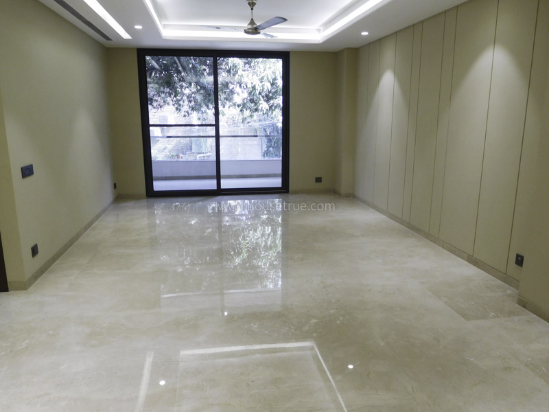 Unfurnished-Apartment-Greater-Kailash-Part-2-New-Delhi-26583