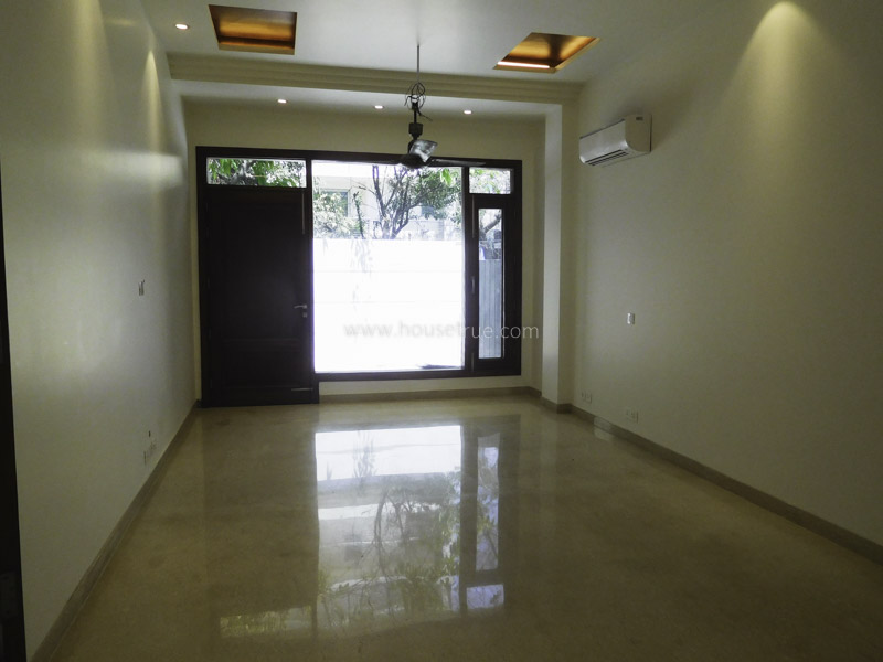 Unfurnished-Apartment-Defence-Colony-New-Delhi-26641