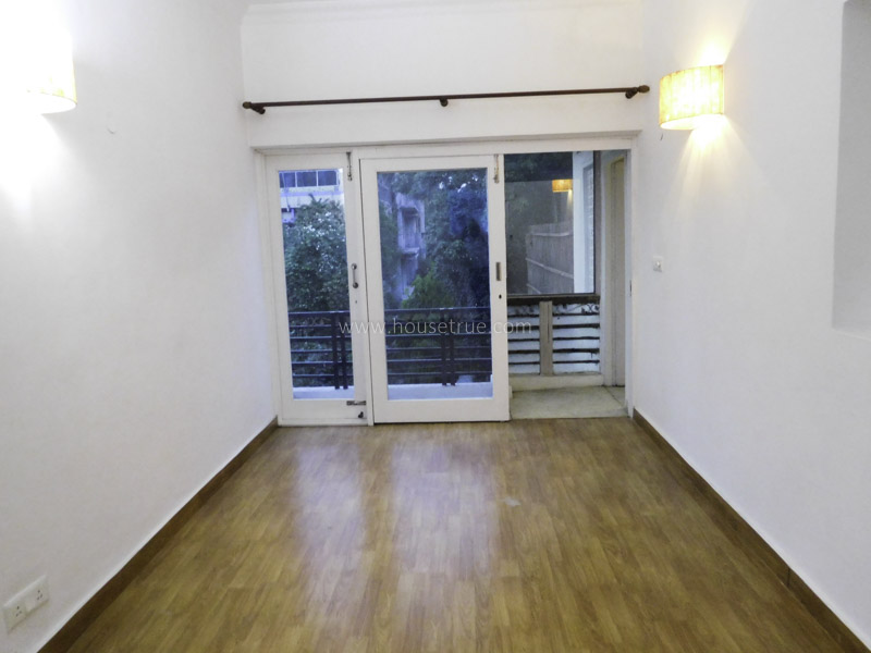 Unfurnished-Apartment-Defence-Colony-New-Delhi-26868
