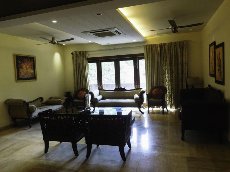 Unfurnished-Apartment-Prithviraj-Road-New-Delhi-26954