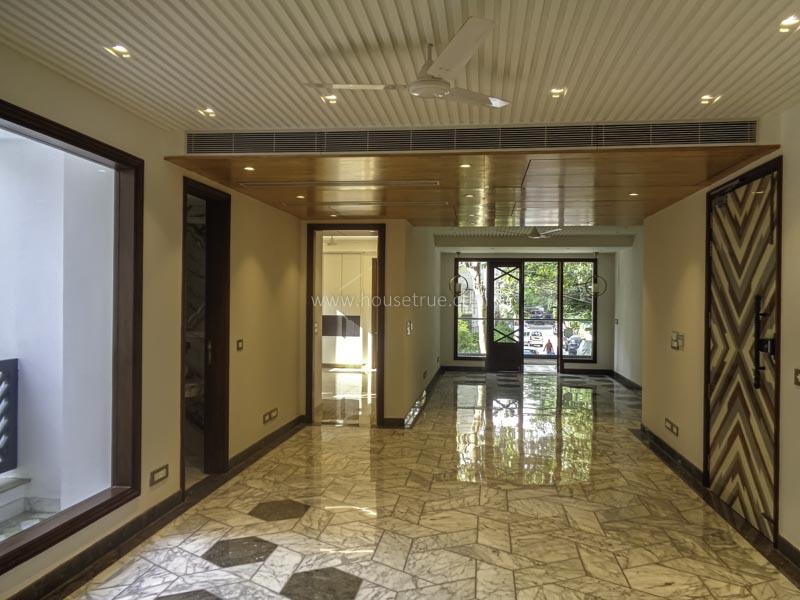Unfurnished-Apartment-Safdarjung-Enclave-New-Delhi-27575